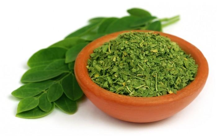 moringa-powder-healthy-green-leaves-dried-cut